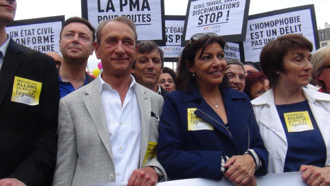 パリのドラノエ市長(左から2番目) 後継者のAnne Hidalgo副市長(右から2番目)  By OIKAWA Henri-Kenji