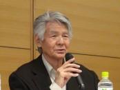 講演する菅原文太さん 撮影:及川健二