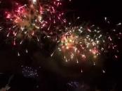 山梨県・石和温泉において花火大会が開催