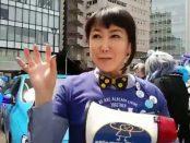 女優の東ちづるさんにインタビュー@世界自閉症啓発デー催し